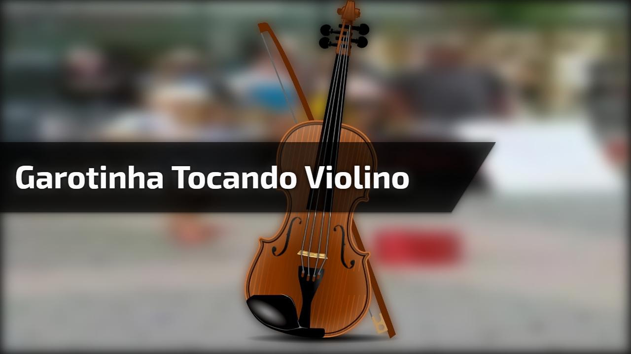 Garotinha tocando violino