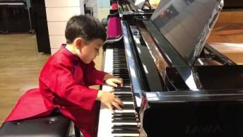 Garotinho De 5 Anos Tocando Piano, Você Vai Se Impressionar!