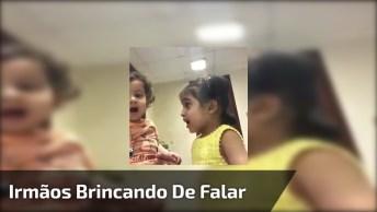 Irmãs Brincando De Falas, Muita Fofura Para Começar O Dia!