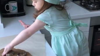 Mini Chefe De Cozinha, Mais Um Vídeo De Criança Que Você Vai Amar!