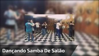 Alunos Dançando Samba, Olha Só Que Galerinha Treinada, Muito Legal!