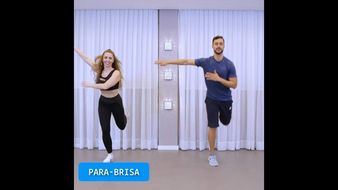 Aprendendo a dançar a famosa dança Fitness, bora ficar em forma!