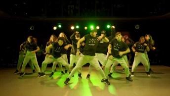 Apresentação Perfeita De Grupo De Dança, Impossível Piscar Vendo Este Vídeo!