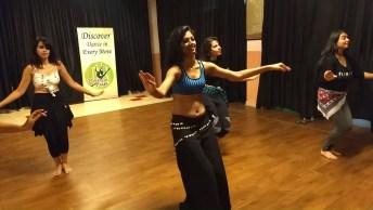 Aula De Dança Do Ventre, Olha Só Que Linda Esta Arte De Dançar!