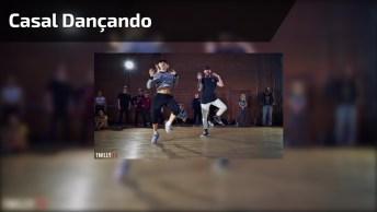 Casal Arrasando Na Dança, Impossível Não Se Contagiar Com A Dança Deles!
