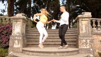 Casal Dançando Bachata, Um Ritmo Maravilhoso De Dança, Vale A Pena Conferir!