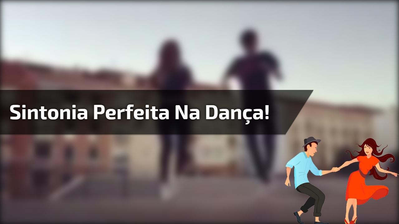 Casal dançando, lha só como eles mandam bem, vale a pena conferir!!!