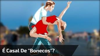 Casal De 'Bonecos' Dançando Na Praça, Consegue Adivinhar Quantas Pessoas Tem Ai?