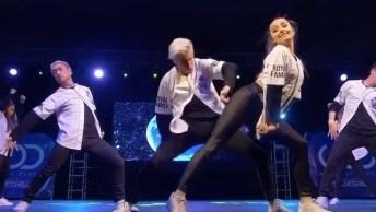 Coreografia De Hip Hop Super Legal, Impossível Tirar Os Olhos Da Tela!