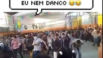 Dança De Quadrilha De Um Jeito Que Você Nunca Viu, Olha Só Que Legal!