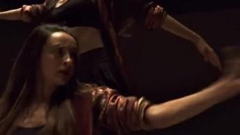 Dança Fascinante De Duas Meninas, Um Vídeo Muito Legal, Confira!