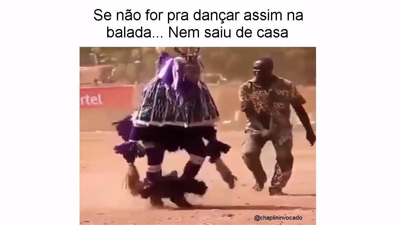 Dança tipica da Africa, olha só a agilidade deste homem