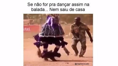 Dança Tipica Da Africa, Olha Só A Agilidade Deste Homem!