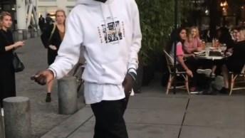 Dançarino De Rua Arrasando Nos Passinhos Mais Famosos Do Mundo!