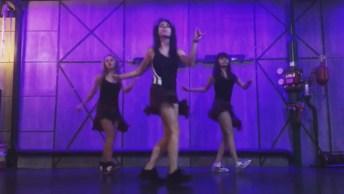 Garotas Dançando Em Uma Sincronia Pra Lá De Gostosa, Confira!