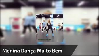 Garotinha Dançando De Maneira Incrível, Da Pra Sentir Que Ela Ama O Que Faz!