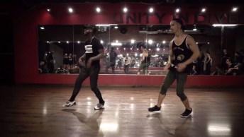 Garotos Se Apresentando Em Academia De Dança, Olha Só Que Legal!