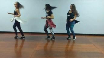 Meninas Dançando Rabetão De Mc Lan, Apenas Um Trechinho!