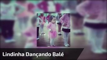 Momento Fofura Do Dia, Veja Esta Lindinha Dançando Balé De Maneira Fofa!