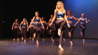 Mulheres Dançando Kizomba, Olha Só Que Legal Este Ritmo De Dança!