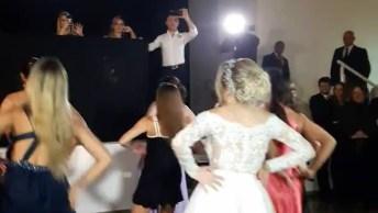 Noiva Faz Apresentação De Dança Da Música Bang, Olha Só Como Ela Arrasou!