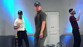 Um Vídeo De Dança Que Dá Vontade De Compartilhar No Facebook!