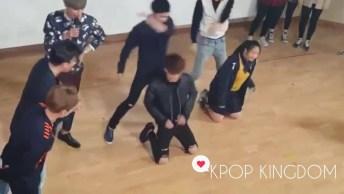 Vídeo Com Garota Fazendo Coreografia Do Grupo Exo, E O Lay Dança Com Ela!