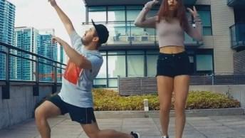 Vídeo De Amigos Dançando Música Eletrônica, Muito Legal, Confira!