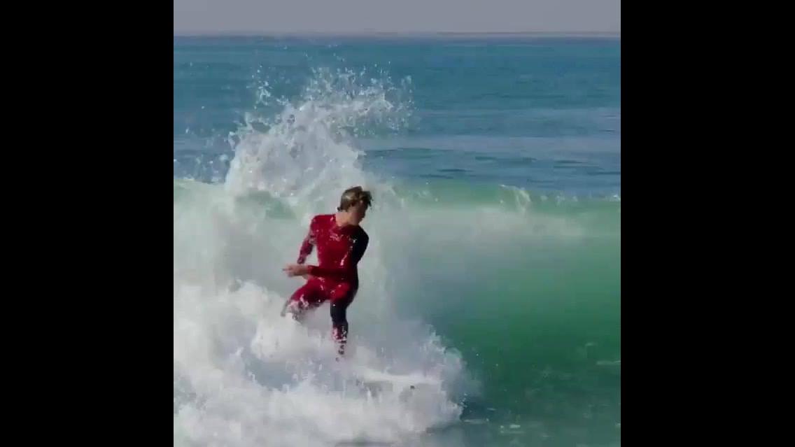 Imagens do Surf, um esporte que te faz dominar o mar