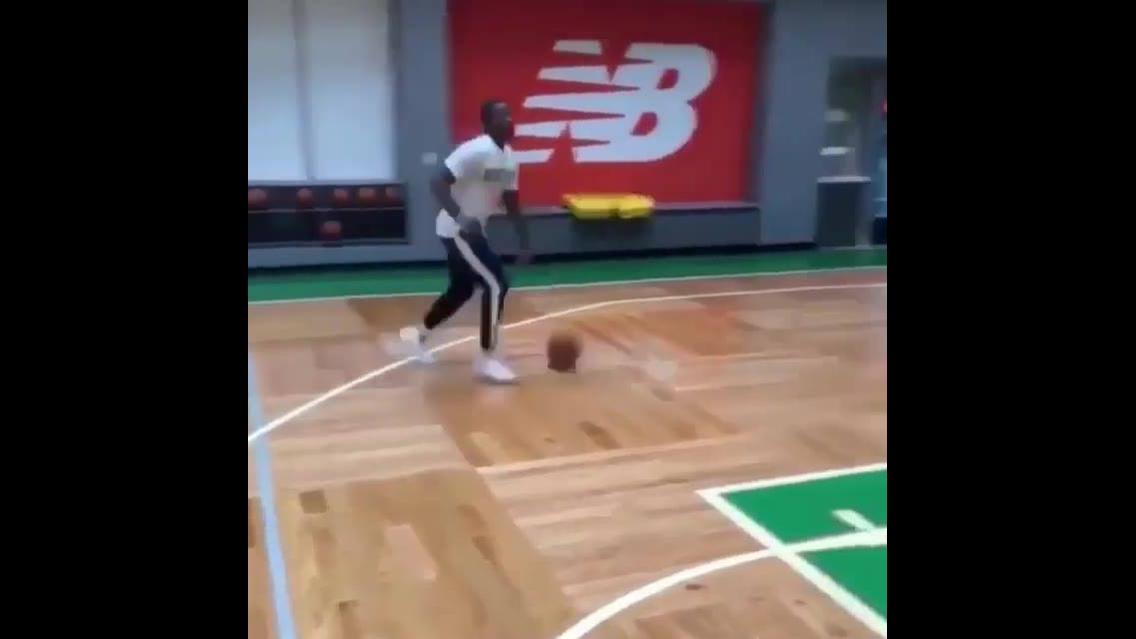 Treino espetacular para jogar basquete