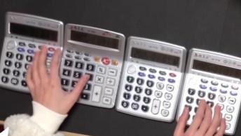 Musica De Game Of Thrones Tocado Em Calculadoras, Simplesmente Hilario!