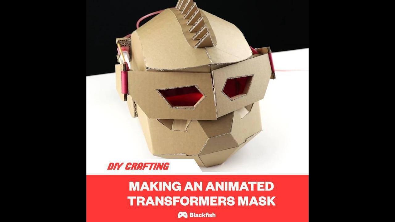 Passo a passo para fazer uma máscara de papelão de super herói