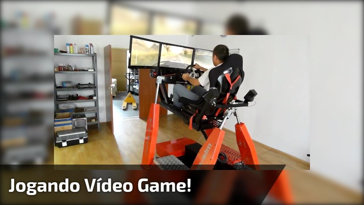 Jogando vídeo game!