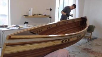 Canoa Manualmente Feita De Forma Impressionante, Confira!