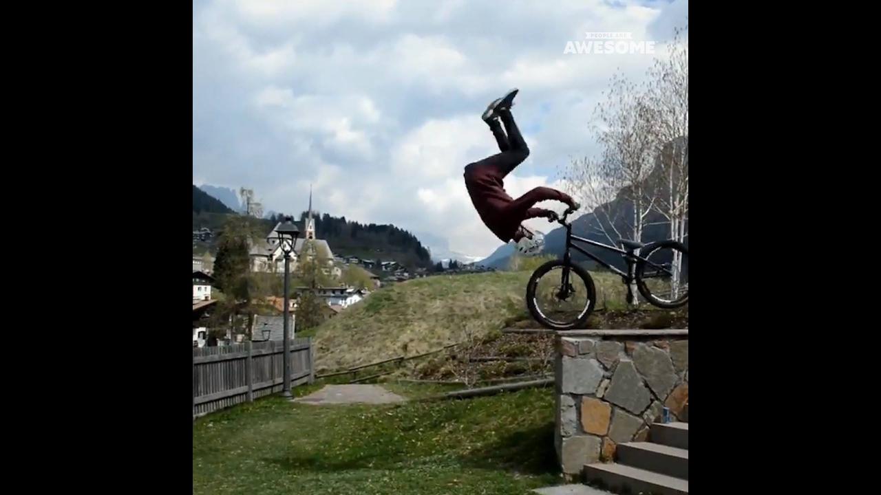 Coisas impressionantes que fazem em cima de uma bicicleta