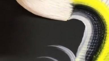 Desenho Impressionante De Um Dragão, Que Técnica Incrível!