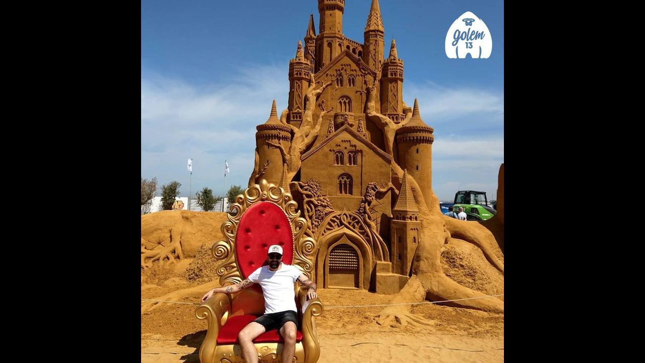 Esculturas de desenhos famosos feitos com areia, que lindo trabalho!