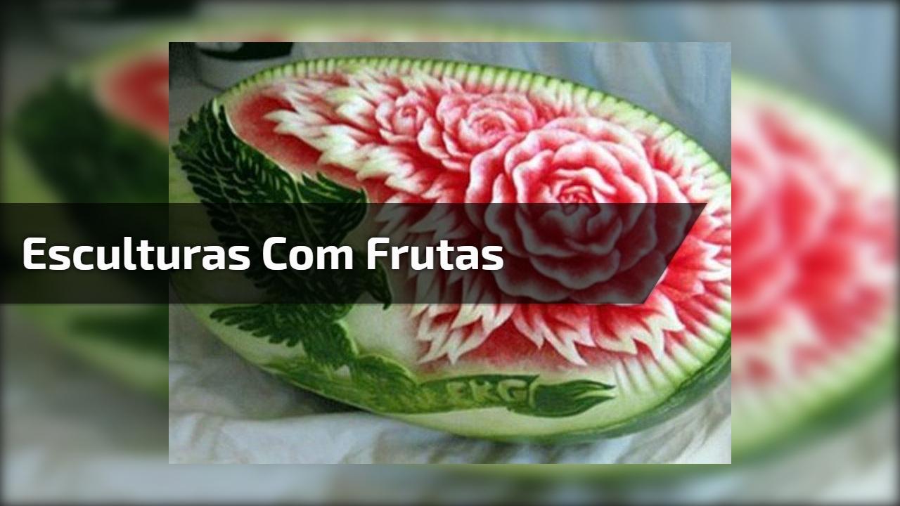 Esculturas com frutas