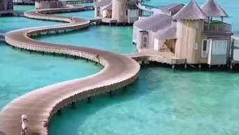 Impressionante Hotel No Mar Nas Ilhas Maldivas, Veja Que Lugar Incrível!