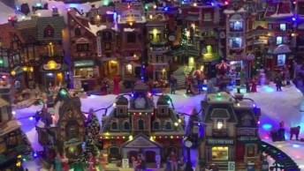 Impressionante Miniatura De Vilarejo Com Neve No Natal, Veja Que Lindo!