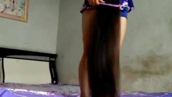 Impressionante O Tamanho Do Cabelo Desta Moça, Ela É A Verdadeira Rapunzel!
