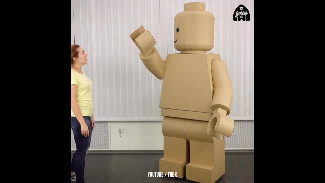 Impressionante tutorial de como fazer uma fantasia de papelão de Lego