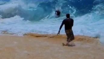 Já Viu Como É Feita Uma Filmagem De Um Surfista Pegando Uma Onda Gigante?