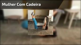 Mulher Consegue Fazer Algo Inacreditável Em Cadeira, Confira!
