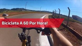 Olha Só Que Impressionante Este Homem Andando De Bicicleta A 60 Por Hora!
