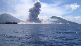 Onda De Choque Causada Por Uma Explosão De Um Vulcão Em Erupção, Confira!
