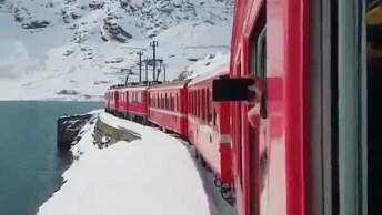 Passeio De Trem Por Lago Coberto De Gelo Ao Seu Redor, Veja Que Lindo!