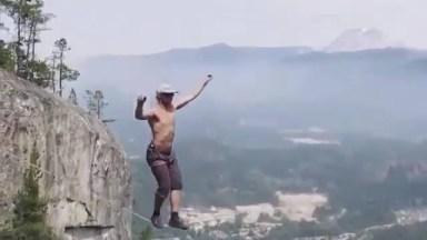 Vídeo Impressionante De Travessia Na Corda Bamba Nas Alturas!