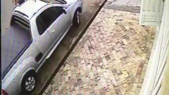 Veja O Que Acontece Quando Deixa Spray Dentro Do Carro É Impressionante.