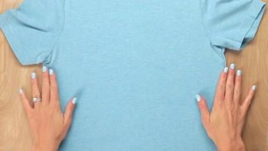 Olha Só Que Interessante Este Vídeo Para Quem Não Sabe Dobrar Camisetas!